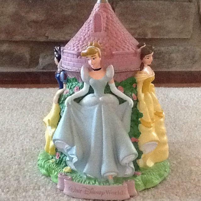 Disney World Princess Cinderella Belle Snow White Aurora Piggy Bank