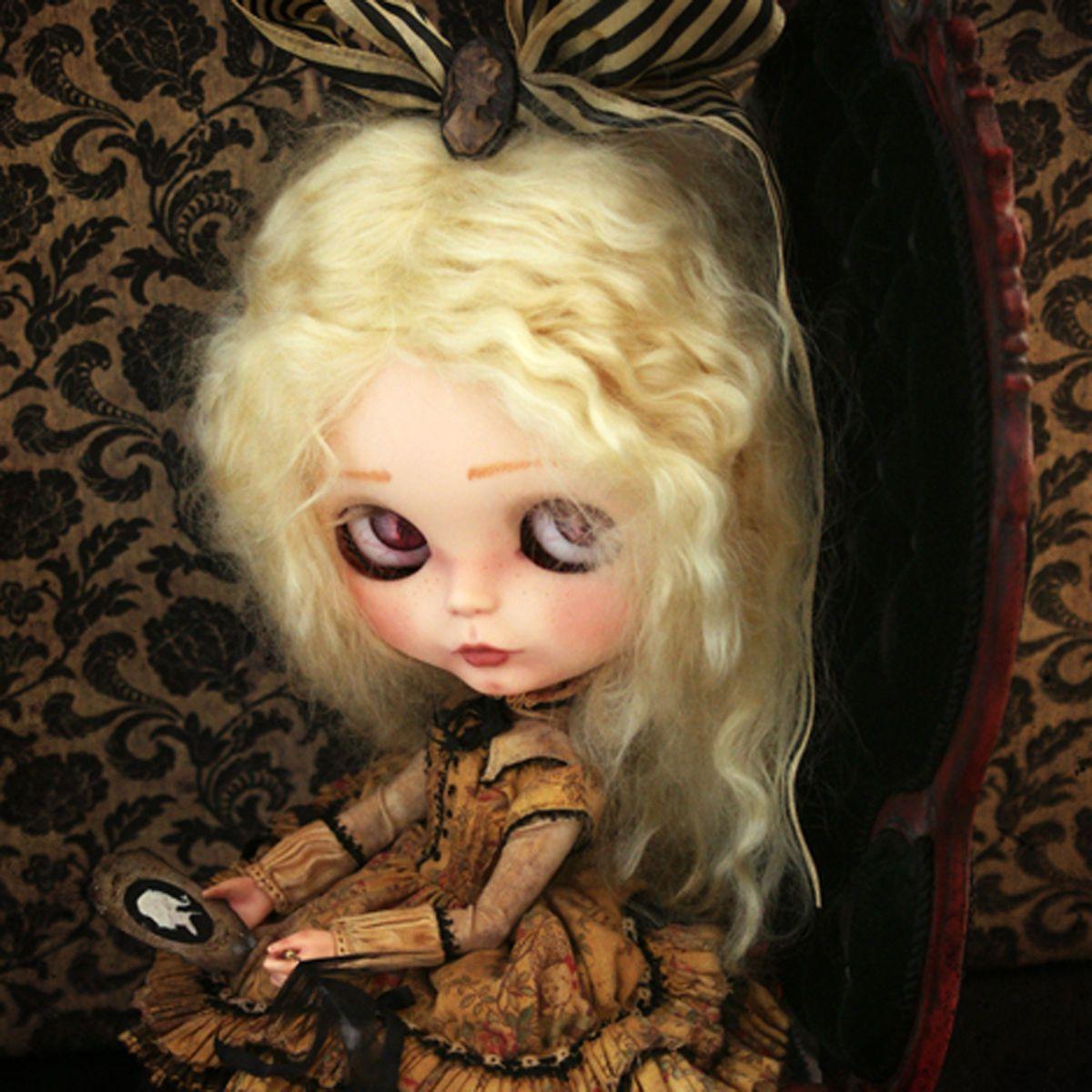 Bernadette OOAK victorian Blythe art doll custom Rebeca Cano Cookie
