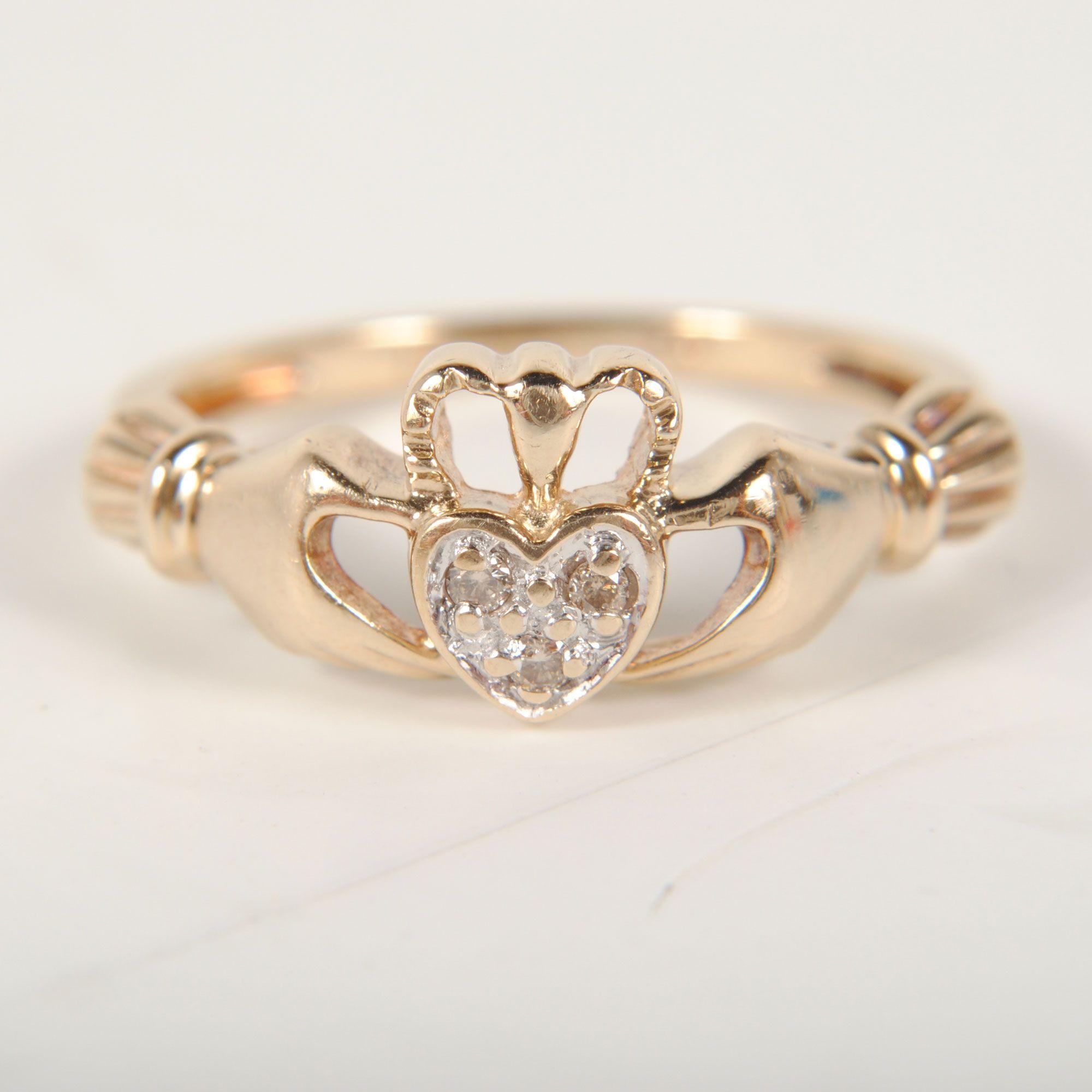 Ladies 10k Yellow Gold Diamond Claddagh Ring Size 5   1.0dwt