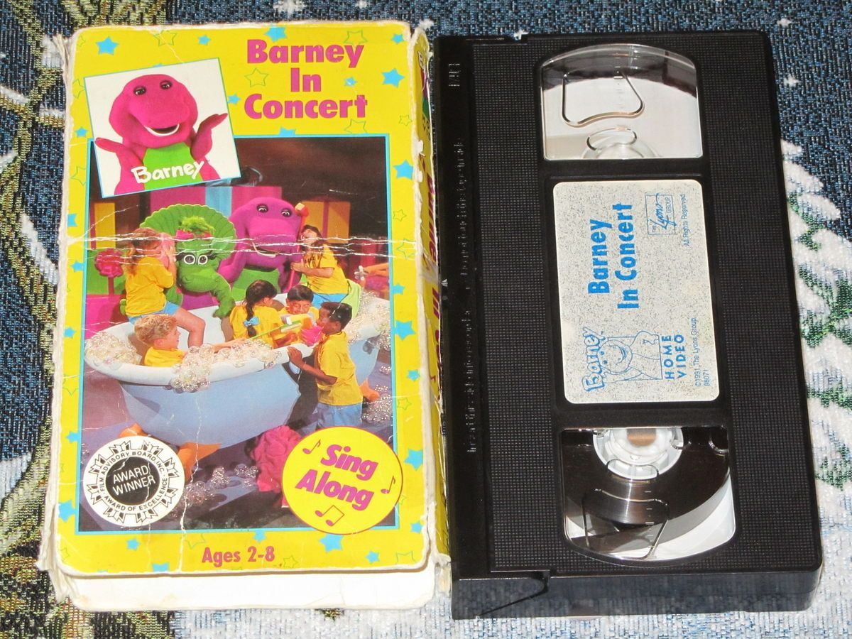 Barney & The Backyard Gang Barney In Concert barney in concert vhs video tape baby bop 21 songs majestic theater
