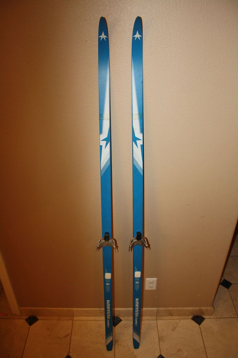 Kneissl Cross Country Skis with 3 pin Rottofella Bindings 200cm