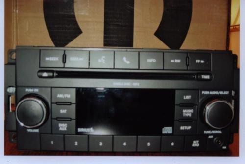 Chrysler Dodge Jeep Media Center 130 Res Radio CD