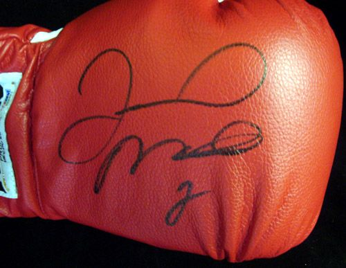 Floyd MAYWEATHER Jr Autographed Signed Red Reyes Boxing Glove PSA DNA