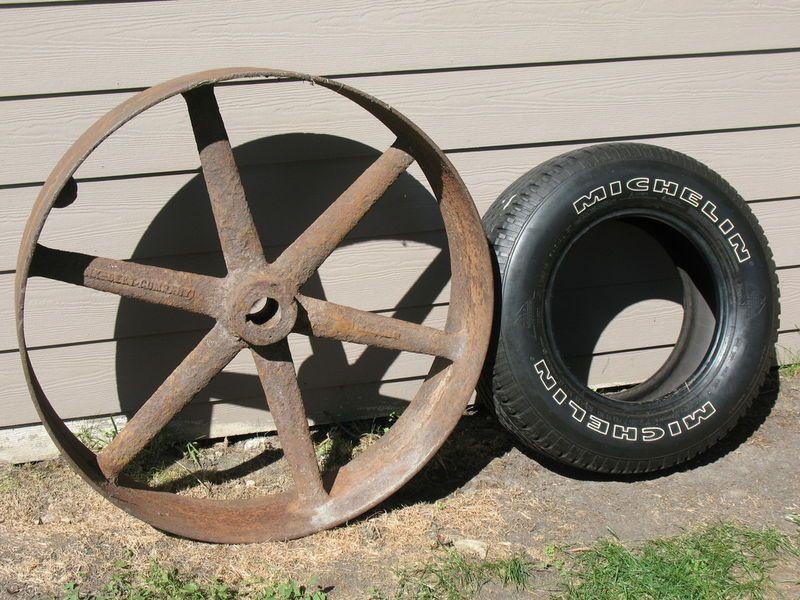36 Cast Iron Flat Belt Pulley Hit Miss 160 lb Wheel Industrial Art