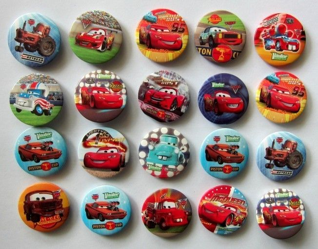 Random Disney Cars 30mm button pin badge Kids Party Bag Fillers Toys