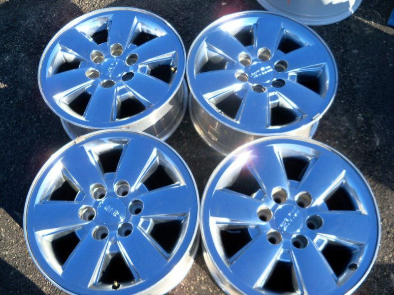 GMC Sierra Yukon Denali Z71 18 Chrome Wheels