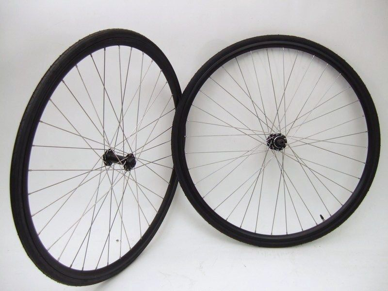 New 700c Road Bicycle Bike Wheels Aluminum Thread on Hub with Tires
