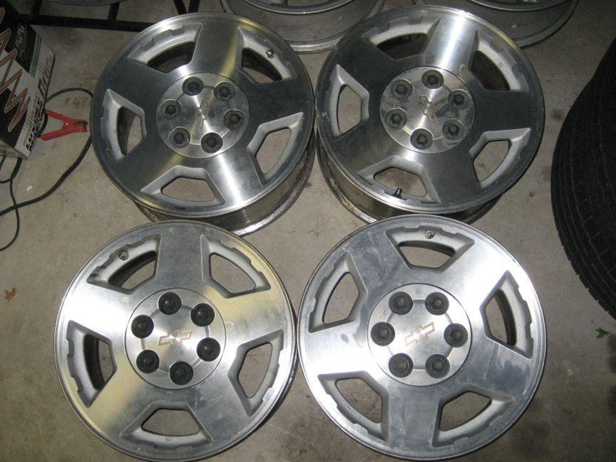 Silverado Suburban 17 Factory Alloy Wheels Rims 04 05 06 07 08