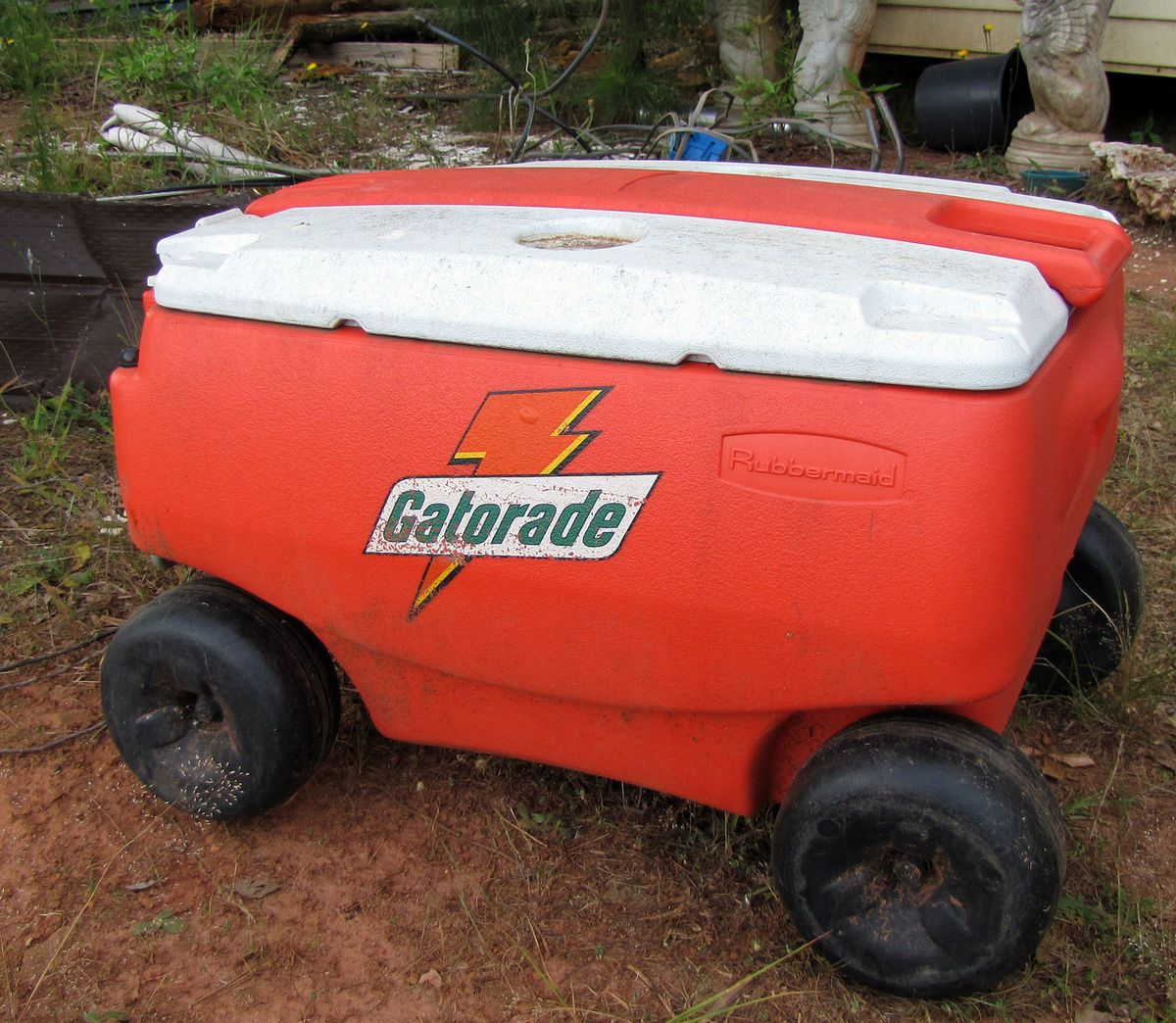 Gaorade Rolling Drink Cooler on Wheels Ice Ches